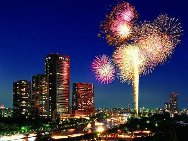 例年7月25日、お祭が目の前で繰り広げられる帝国ホテル大阪