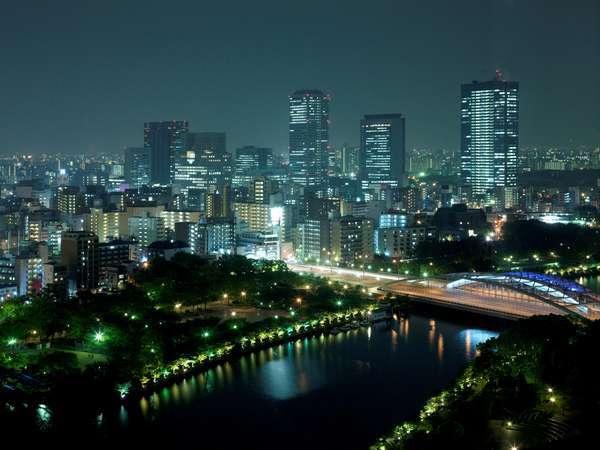 【通年】客室から眺めた夜景(スーペリアルーム)イメージ