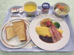 洋定食の一例です。朝はパン派の方にオススメ!