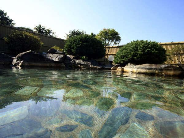 *天然温泉!源泉かけ流しの湯をたっぷりとお楽しみください。