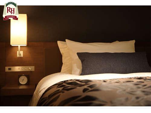 全室シモンズ社製ベッドを採用。上質な眠りをサポート致します。