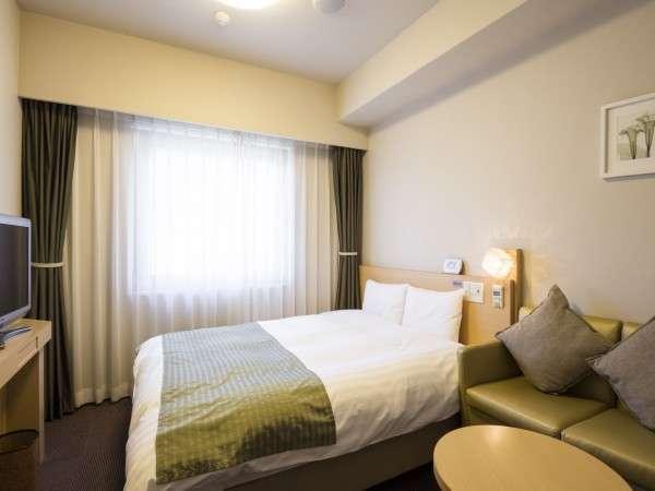 【クイーンルーム】お部屋の広さ 17平米ベットサイズ 160㎝LANケーブル完備※定員2名(1名利用可)