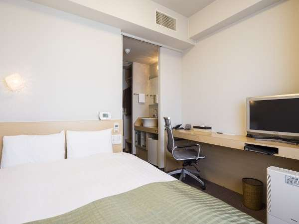 【ダブルルーム2】お部屋の広さ 15平米ベットサイズ 140㎝LANケーブル完備※定員1~2名