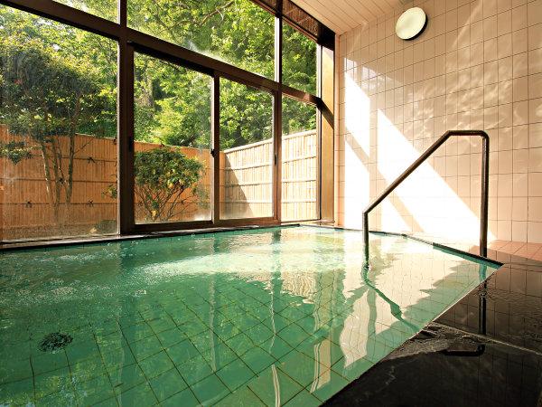 ◆【お風呂】ちょっと広めのお風呂でゆっくりと、日頃の疲れを癒して下さい。