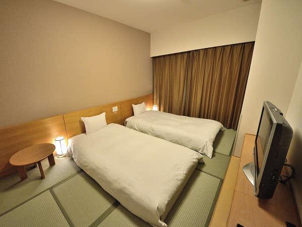 ◆和室21平米 和ベット110㎝×200㎝×2台、和布団1組95㎝×200㎝ ※3名様まで利用可能