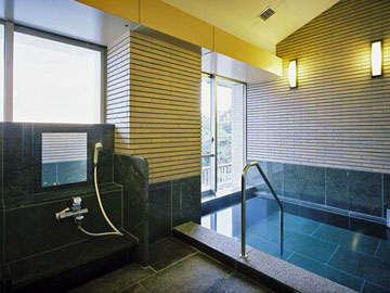 *誰にも邪魔されず温泉と眺望を楽しみたいお客様には貸切風呂(有料)もございます。