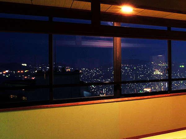 世界三大夜景の煌めく長崎の夜景と