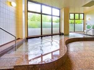 木もれび大浴場「うす紅の湯」 ※朝・夕で「山吹の湯」と男女入れ替え制