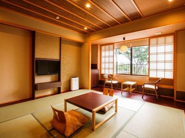 2階和室 落ち着いた雰囲気のお部屋でゆっくりお寛ぎ下さい。