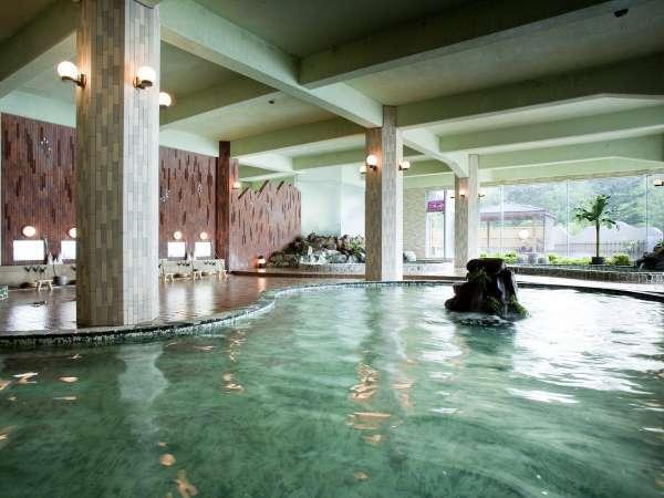 【大浴場】~4つの浴槽・露天風呂・サウナがあります~