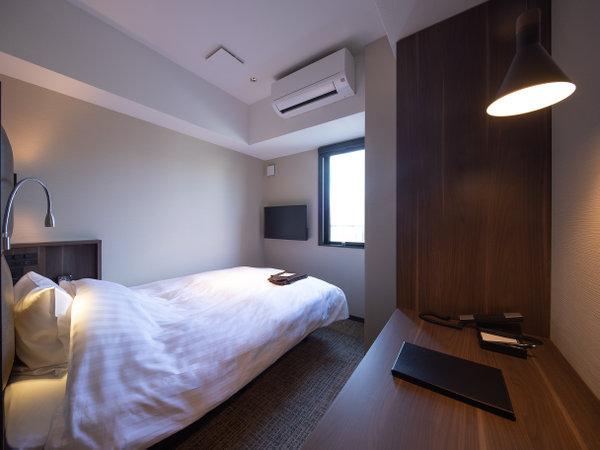 スマートシングルルーム(ベッド幅140cm、部屋の広さ12㎡)