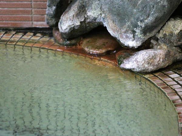 高温の源泉でかけ流し温泉です