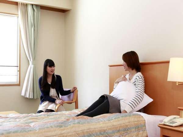 【東館洋室ツインタイプ】 客室面積32.6㎡ベッドサイズW1200mm×D2100mm