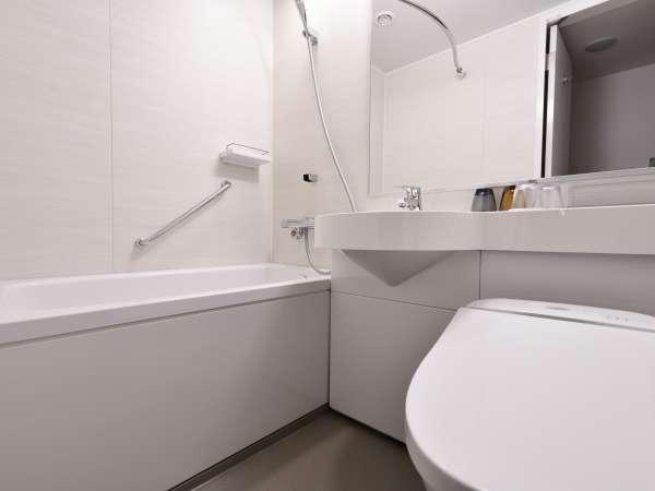 【スタンダードダブル】室内トイレとユニットバス