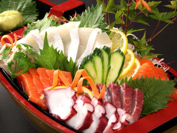 ≪お料理の一例≫どどーんと海鮮料理が並びます!