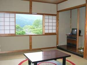 客室◆お部屋からは大原ののどかな風景が。