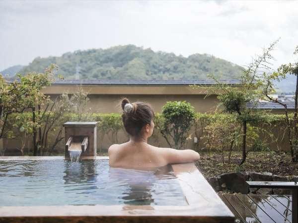露天風呂付客室は間取りや雰囲気の異なる4タイプがございます