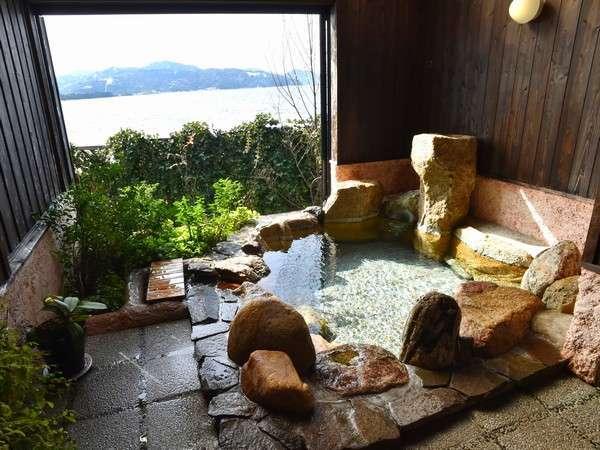 天橋立を望む開放感抜群の露天風呂