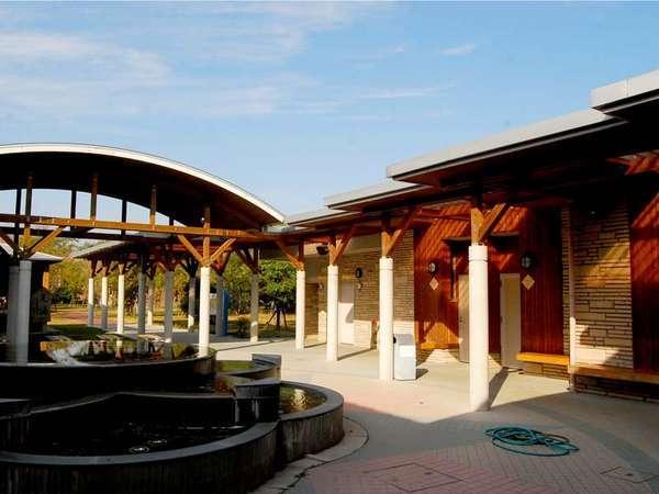 【リバーサイドパーク七城】*貸し別荘風コテージ*レジャーも温泉も楽しめる菊池川沿いリゾート