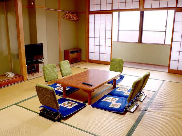 【和室12~15畳一例】大人数のグループさん・ファミリーさんに最適!広々としたお部屋です。