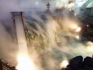湯畑の湯滝(夜景)