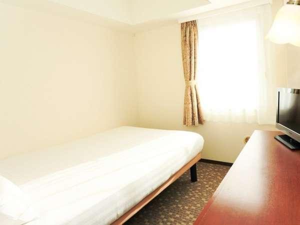 【セミダブルルーム】お2人利用でリーズナブルに☆(ダブルサイズのベッドをご用意しております)