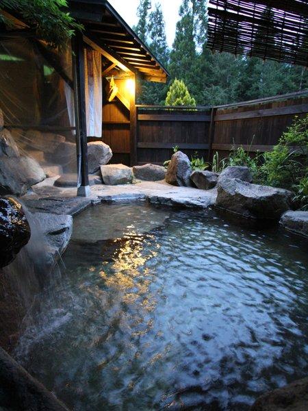 すべてのお風呂が貸切OK。日帰り入浴も1名500円で可能。