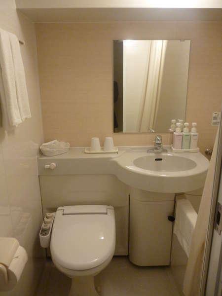バスルームダブルルームはこちらとなります。