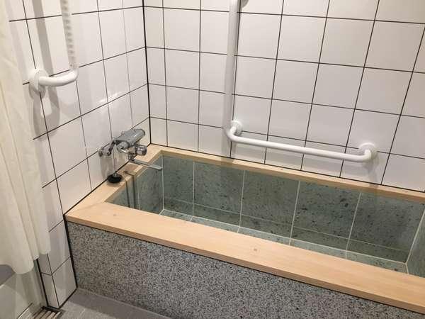 ファミリールーム限定 バスルーム