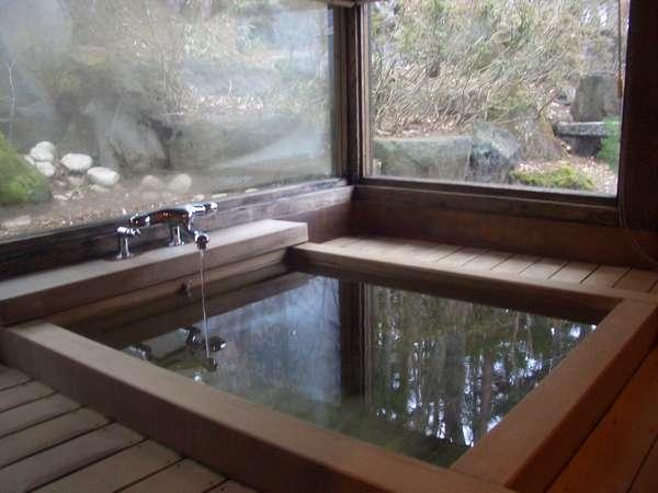 陽だまりの家の檜風呂