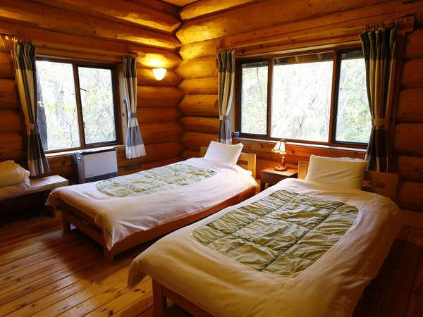【F棟:客室一例】ベッドルーム