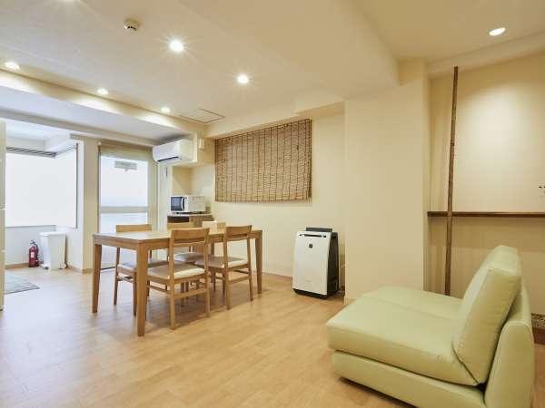 【60平米タイプ 共通】 リビング。寝室とリビングは別々。快適性を一番に考えた造り