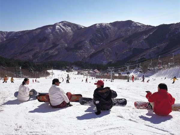 宿の近隣には設備の整ったスキー場がございます