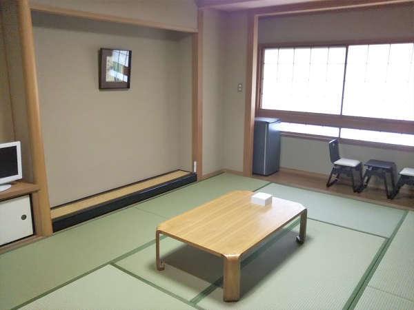 【リニューアル和室一例】畳・ふすま・障子・クロス 洗面台の防水加工など全客室リニューアル!