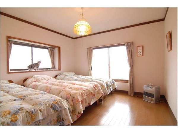 富士山など山々を眺められるトリプルルーム【客室一例】
