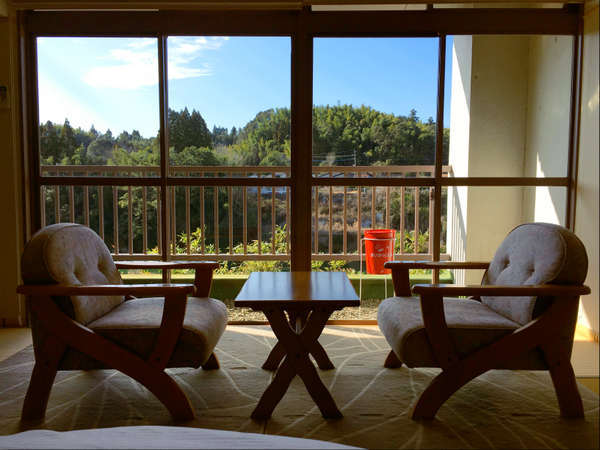 *空と緑と太陽をのんびり楽しめる客室
