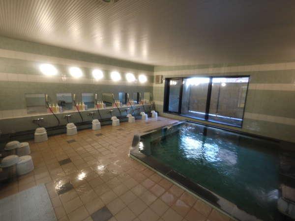 当ホテル自慢の大浴場一日の疲れをゆっくり癒してください