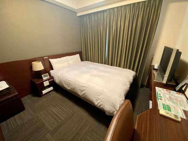 ■ダブルルーム ベッド幅140×195 平米数15