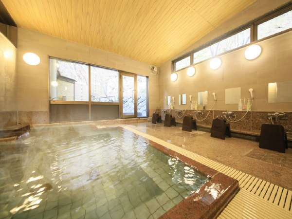 【女性大浴場内湯】良質な温泉を愉しめる広々とした大浴場