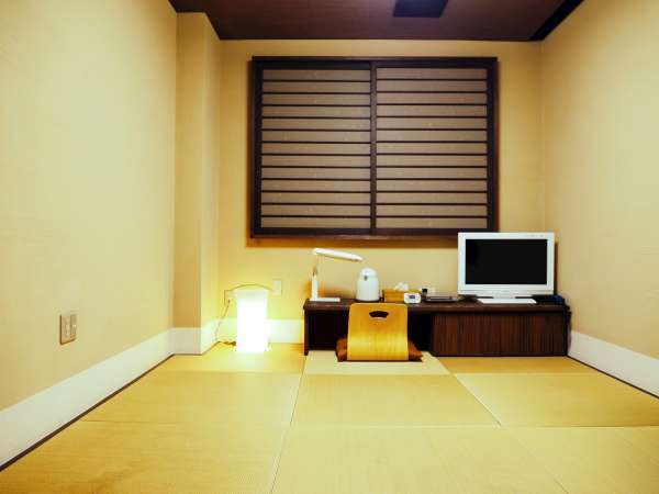 *【和室6畳一例】こじんまりしていますが、快適にお過ごしいただけます。
