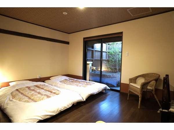 露天風呂付客室(かに座)。※お部屋の1例です。