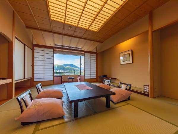 【和室】和室は全室から美しい里山の風景を眺めることができる(一例)