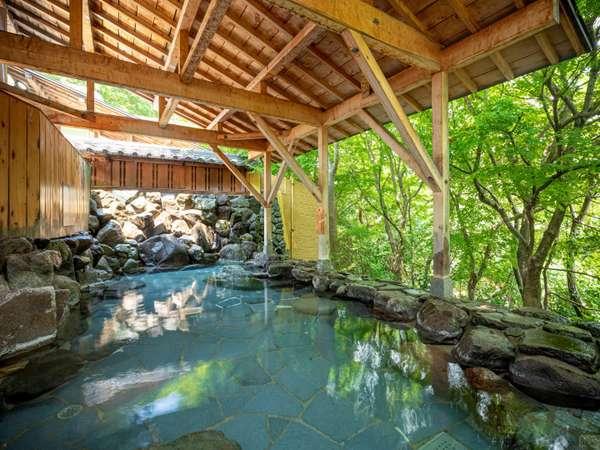 【湯快リゾート 山中温泉 山中グランドホテル】やわらかな名湯に満たされる森の宿