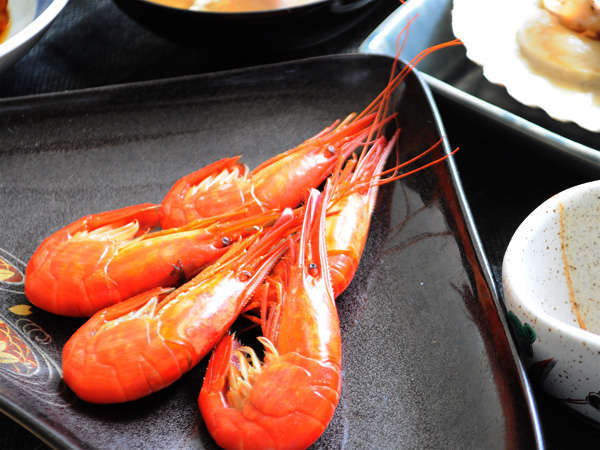 """【お食事の一例】北海シマエビ。伝統の""""打瀬船漁""""で獲れたものをご提供。"""