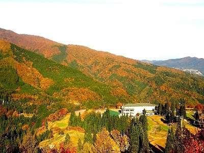 全山紅葉の白鳥高原ホテル