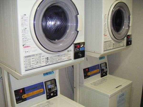 □ランドリーコーナー□乾燥機・洗濯機(洗剤自動投入)各3台。6Fにございます。