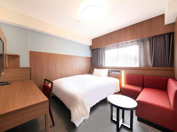◆シングル/ダブル◆広さ18㎡、ベッド幅140cm
