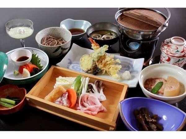 夕食一例地元食材を使った料理を提供することを心がけております。