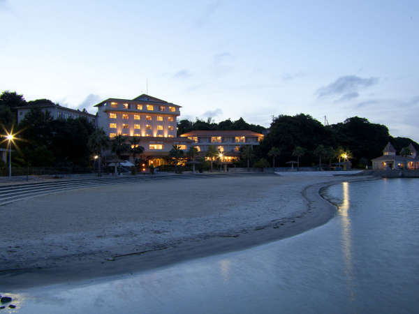 【外観】パールビーチが目の前!福寿荘の姉妹館♪「ホテルはな」です!