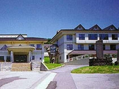高台に建つ「鳥海荘」